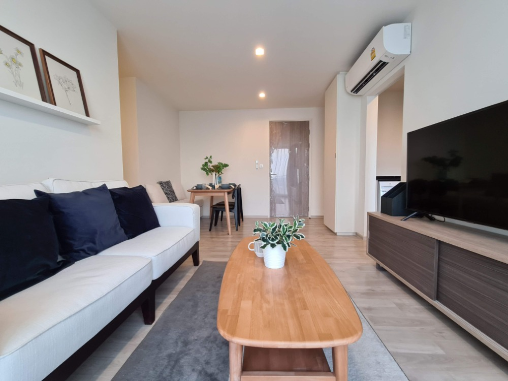 For RentCondoNawamin, Ramindra : Condo for rent, Chambers Cher, Ratchada-Raminthra. Corner room, 2 bedrooms, 2 bathrooms, kitchen, fully electric appliances.
