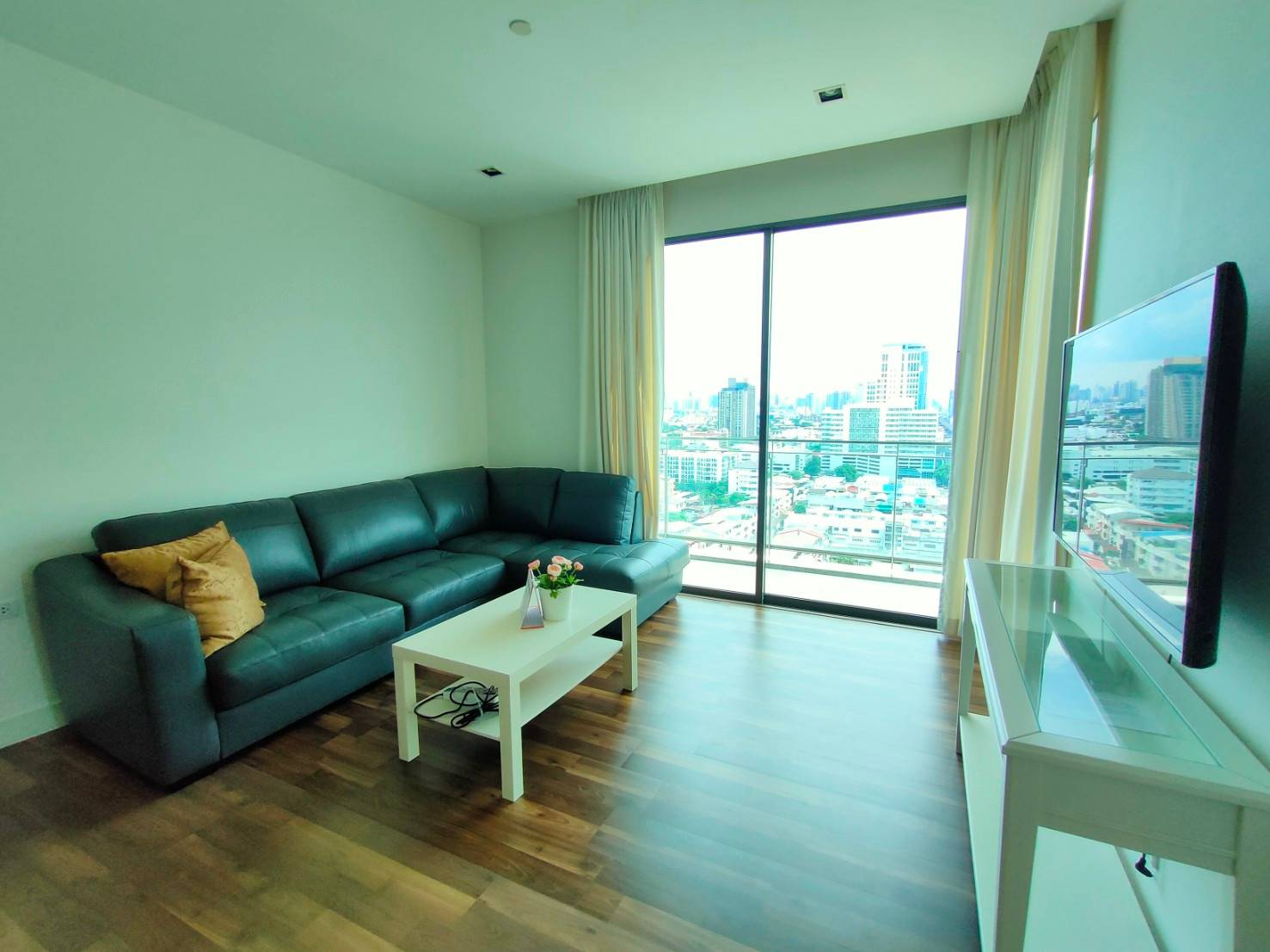 For RentCondoOnnut, Udomsuk : For Sell or Rent The Room Sukhumvit62 (Close to BTS Punnawithi)