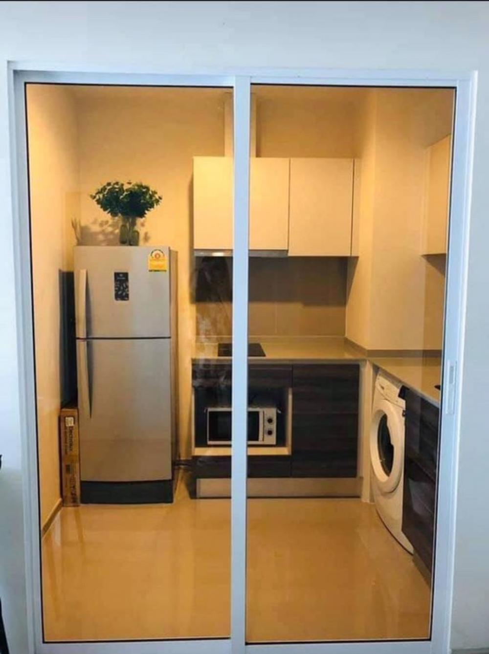 For RentCondoRatchadapisek, Huaikwang, Suttisan : Rent now !! Centric ratchada huaikwang 37.58Sq.m 1 bedroom 17,500 baht per month with furniture, appliances, fully north, beautiful new room. Interested, please contact Khun Bu 099-4956985 ID Line 099-4956985