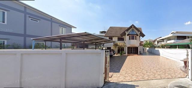 For RentHouseSapankwai,Jatujak : 2 storey detached house for rent in Ratchada area, near MRT Lat Phrao. Soi Ratchada 30, Soi Ladprao 23