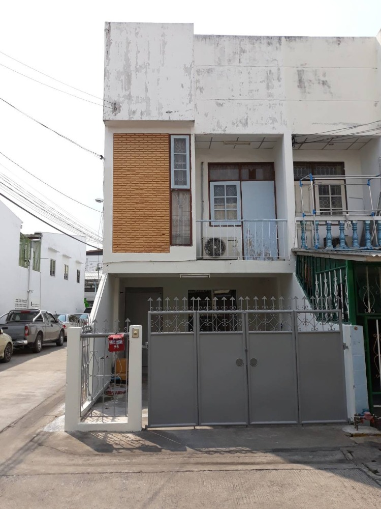 For RentTownhouseOnnut, Udomsuk : Townhouse for rent behind the corner of the corner of On Nut Soi 50, the lowest price.