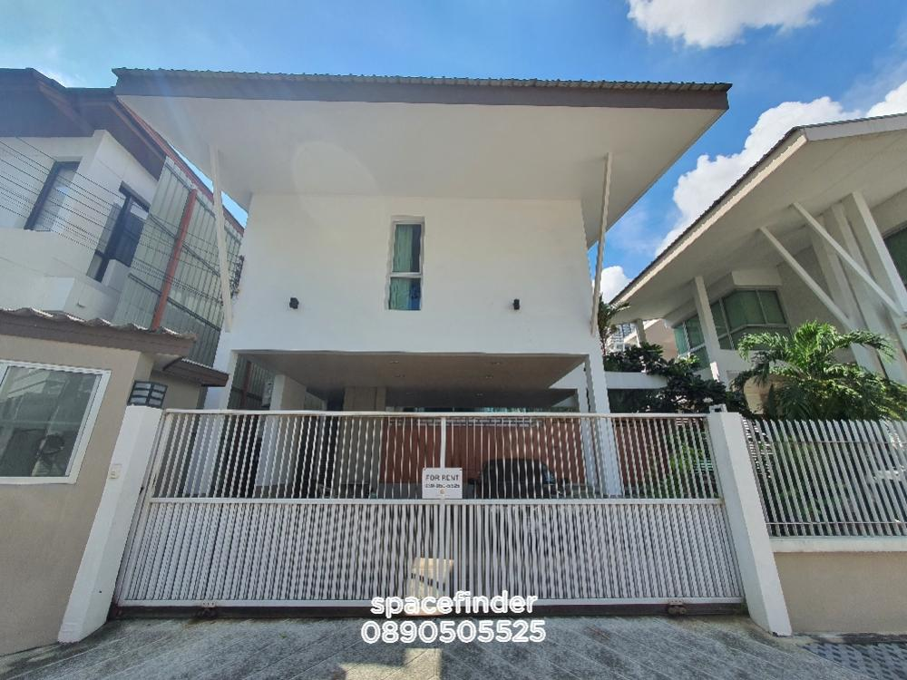 For RentHouseSukhumvit, Asoke, Thonglor : Pet Friendly Modern House for Rent 150,000 Baht/monthClose to Emporium call 0890505525
