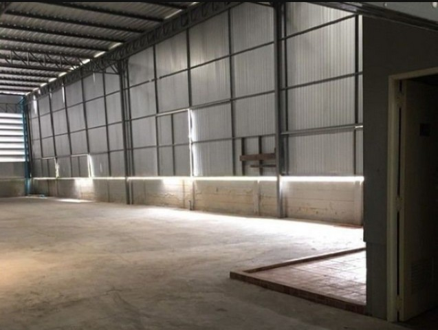 For RentWarehouseRama 2, Bang Khun Thian : RK028 Warehouse for rent 240 sq m with 3.5-storey building, 2 booths, on the beach road, Bang Khun Thian, near transportation.