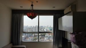 For SaleCondoWongwianyai, Charoennakor : For sale condo high floor 37.5sqm, price 3.69m