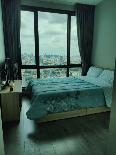 For RentCondoLadprao, Central Ladprao : CONDO FOR RENT *** Whizdom Avenue ratchada-ladprao Next to Lat Phrao MRT*** -32sq.m., 23th floor