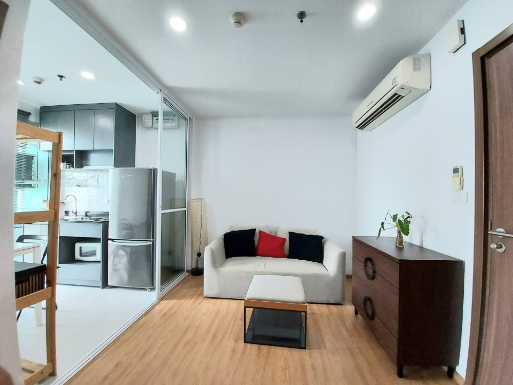 For RentCondoOnnut, Udomsuk : A1353 ++ RENT ++ The Base Sukhumvit 77 | 1 bed, high floor, pool view * BTS Onnut
