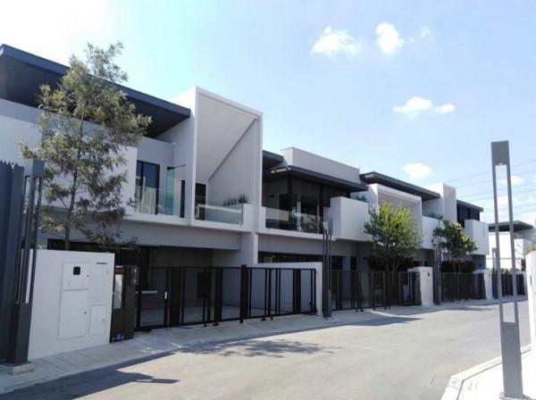 เช่าทาวน์เฮ้าส์/ทาวน์โฮมบางนา แบริ่ง : ให้เช่า ทาวน์โฮม 2 ชั้น โครงการหรู Townhome Bangna Km.7 บางนา กม.7