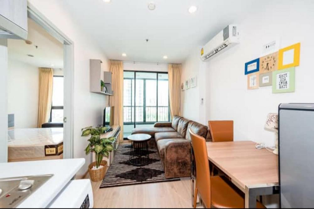 For RentCondoThaphra, Wutthakat : For rent IDEO SATHORN-THAPRA Pool view room, very nice, project near BTS Pho Nimit
