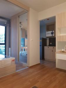 For RentCondoBangna, Lasalle, Bearing : Code UN7205  Phase 1, Building D, 5th floor  28sqm studio converted 1 bedroom