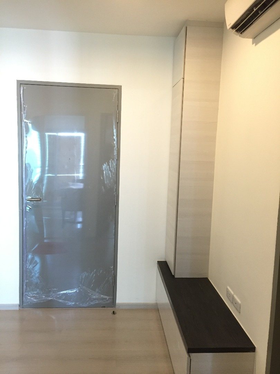 ขายห้องใหม่ 1 ห้องนอน 31.78ตร.ม. ไม่เคยเข้าอยู่และไม่ปล่อยเช่า ที่ ไลฟ์ รัชดาภิเษก (Life Ratchadapisek)
