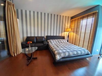 เช่าคอนโดสุขุมวิท อโศก ทองหล่อ : ให้เช่า ห้องน่ารัก น่าอยู่มาก ตกแต่งมากกว่า 200,000 บาท @ Noble remix 2 พิเศษเพียง 18,000 ติดต่อ เบศ 0825425536