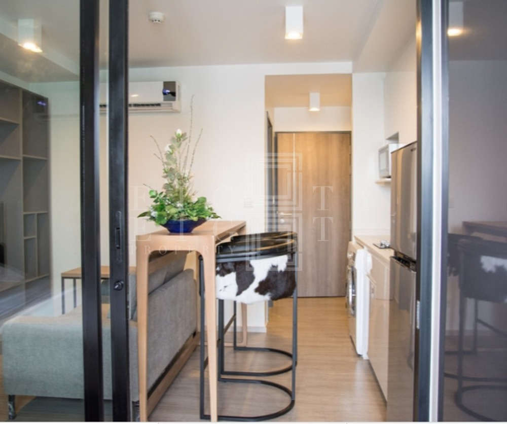 For RentCondoWitthayu,Ploenchit  ,Langsuan : For Rent Maestro 02 Ruamrudee (28 sqm.)