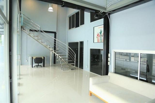 For RentHome OfficeLadprao101, The Mall Bang Kapi : Home office for rent with warehouse, Soi Ladprao, Bangkapi district, near Vejthani Hospital Near The Mall Bangkapi
