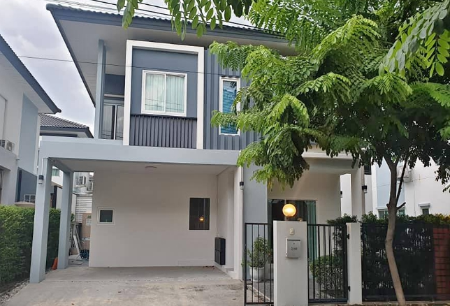For RentHouseYothinpattana,CDC : B502 2-storey detached house for rent in Icon Nature Village, Ramintra 109, near Fashion Island Promenade, area 41 sq. Wah, 3 bedrooms, 3 bathrooms