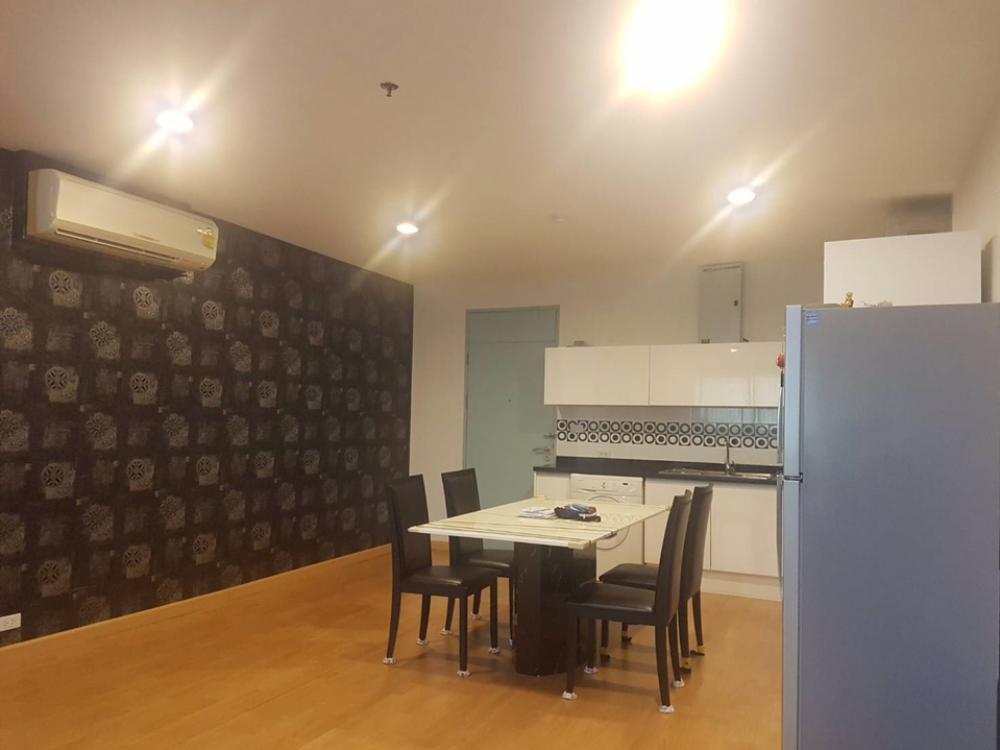 เช่าคอนโดสาทร นราธิวาส : ให้เช่า St.louis grand terrace 2 ห้องนอน 2 ห้องน้ำ ขนาด 120 ตร.ม. ราคา 43,000 บาท สนใจโทร 0654649497