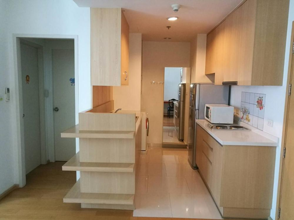 For RentCondoRatchathewi,Phayathai : For rent Villa ratchatewi 1 bedroom 1 bathroom 55 sqm. Price 25,000 baht. Interested call 0654649497.