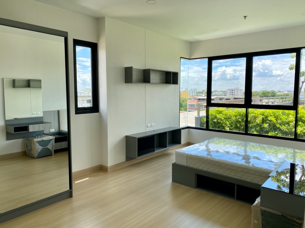 Sale DownCondoPinklao, Charansanitwong : Sell down payment, Supalai Loft, Station, Separate torch, fully furnished, contract owner.