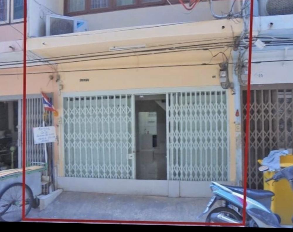 For RentShophouseSathorn, Narathiwat : House for rent, 4 floor, Soi Sathorn 11 intersection 1 near BTS Surasak
