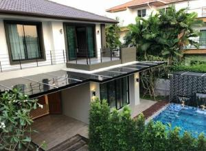 For RentTownhouseSukhumvit, Asoke, Thonglor : Detached house for rent, 2 storey detached house, area 121 square meters, Soi Pridi Banomyong 14, Sukhumvit 71, Modern style with a swimming pool in the house.