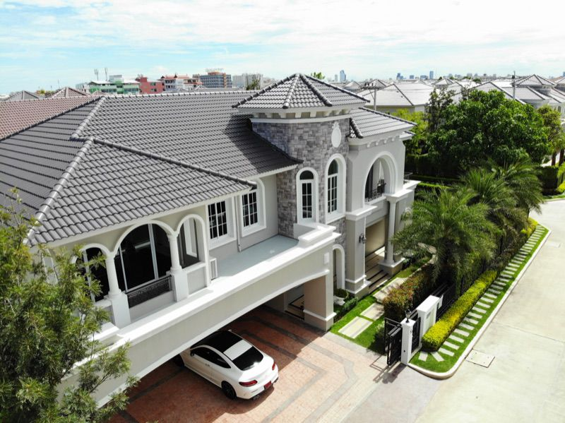 For SaleHouseLadkrabang, Suwannaphum Airport : Luxury house for sale, new project, never lived in, Two Grand Monaco Village, Bangna-Ring Road, Two Grande Monaco