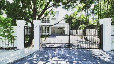 """เช่าบ้านพัฒนาการ ศรีนครินทร์ : บ้านหรูให้เช่า """"The Hampton House""""4 Bedrooms House For Rent In Pattanakarn 30"""