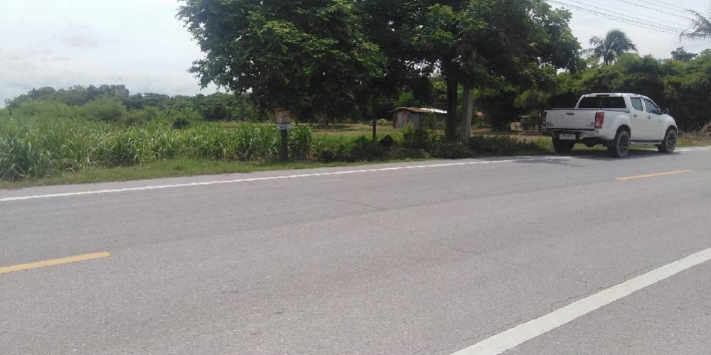 For SaleLandRatchaburi : Land for sale on the main road 4044, Khao Khlung Subdistrict, Ban Pong District. Interested in reading the details.