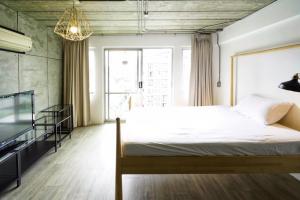 เช่าคอนโดสุขุมวิท อโศก ทองหล่อ : คอนโด ให้เช่า เรนทรี วิลล่า สุขุมวิท 53 (Raintree villa condominium) สตูดิโอ loft style 31 ตรม พร้อมอยู่ 14,000 THB/mo