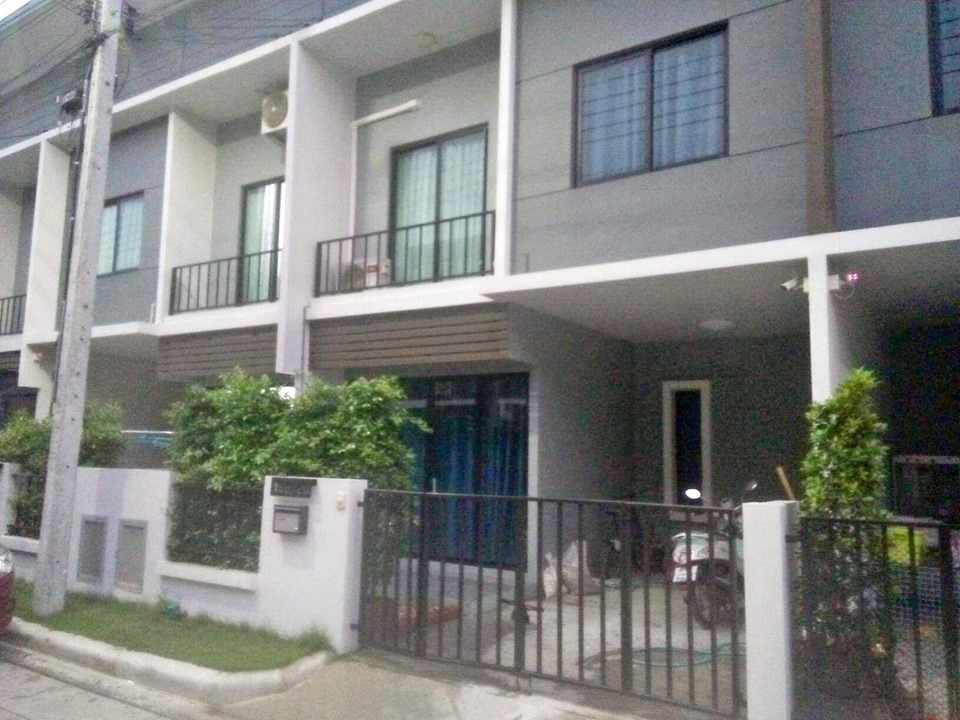 For SaleTownhouseBangna, Lasalle, Bearing : H096-Townhome for sale and rent, The Colors Bangna-Wongwhaen 2 ++.