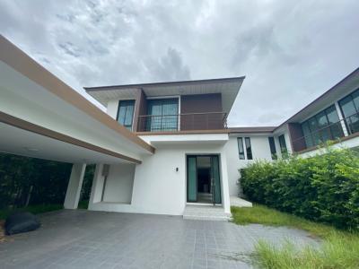 For RentHouseLadkrabang, Suwannaphum Airport : House for rent in the village of Mai Lom Ruen. Chaloem Phrakiat Road