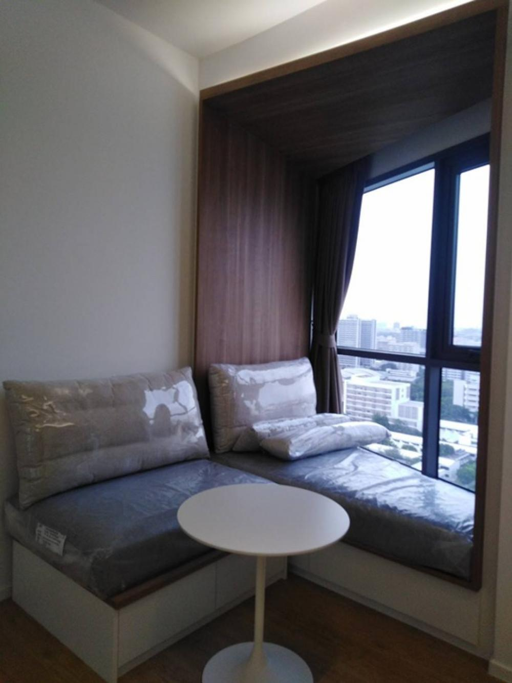 For RentCondoSiam Paragon ,Chulalongkorn,Samyan : For rent, Triple Y Residence, 1 bedroom, never been rented, ready, end of August 63, contact 082-459-4297