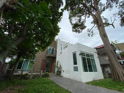 เช่าบ้านรัชดา ห้วยขวาง : ให้เช่าบ้านเดี่ยว 2 ชั้น 105 ตร.ว. สไตล์โมเดิร์น รัชดา32/ทะลุลาดพร้าว23