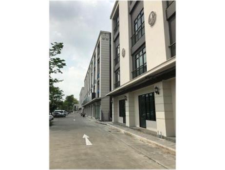 For RentShophouseRamkhamhaeng, Hua Mak : Co-ออฟฟิศใหม่ให้เช่า (ฟรี 1 ด.) 14000/เดือน 40 ตรม. ในตึกอาคาร 4 ชั้น ในโครงการ Chic District ราม 53