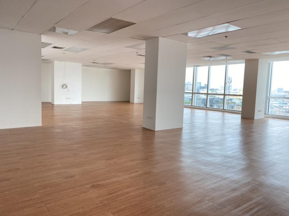 เช่าสำนักงานสีลม บางรัก : พื้นที่สำนักงานให้เช่า ทำเลดี ใจกลางย่านธุรกิจOffice building for rent in CBD area