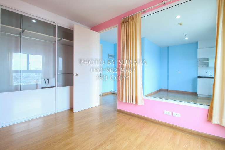 For SaleCondoThaphra, Wutthakat : Condo for sale, The Parkland Grand Taksin, 34th floor, private parking, 35.4 sq m, river view, city view, near BTS Pho Nimit.