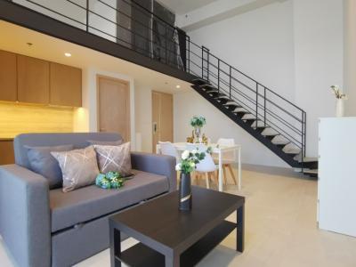 เช่าคอนโดสีลม บางรัก : 1 นอน ให้เช่าคอนโด  for For Rent at The Lofts Silom 50 sqm BTS/MRT  Surasak