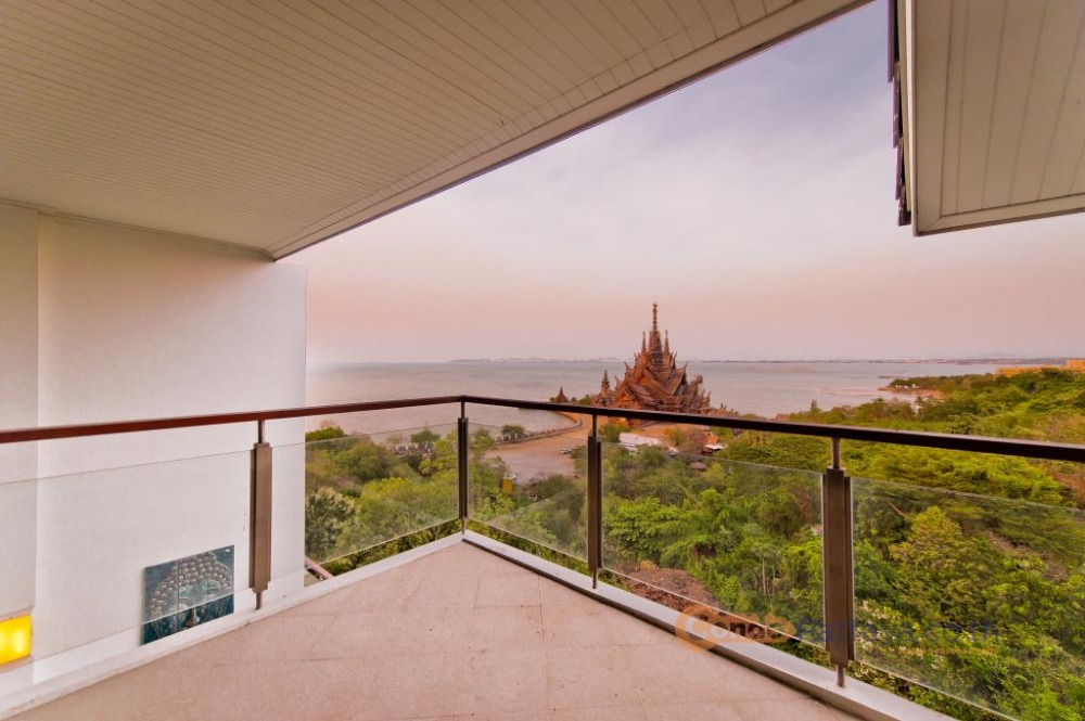 For SaleCondoChonburi, Pattaya, Bangsa : Duplex 2 Bedrooms 2 bathrooms (92 sq.m.) @ The Sanctuary