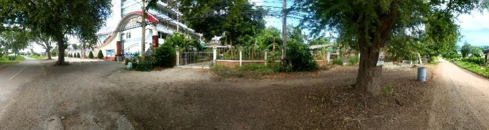 For RentLandKanchanaburi : 2.5Rainext to main road,and Mae Klong river, plus lots of carpark,for rent.