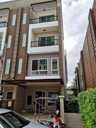 For RentHome OfficePattanakan, Srinakarin : For rent Grand De Ville Srinakarin Home Office 4 @BTS Suan Luang Rama IX