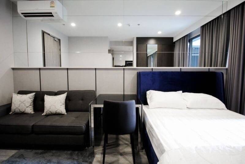 For RentCondoRama9, Petchburi, RCA : 🚨Super Special🚨 Ideo Mobi Asoke New room decorated with privacy. The price is very cheap !!!