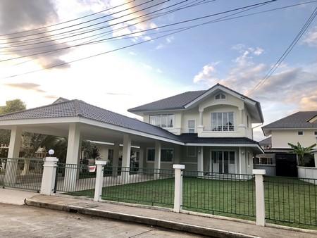 For RentHouseChiang Mai : ขายหรือให้เช่า บ้านเดี่ยว 2 ชั้น รีโนเวทใหม่ทั้งหลัง หมู่บ้านกาญกนกวิลล์ 1 เชียงใหม่