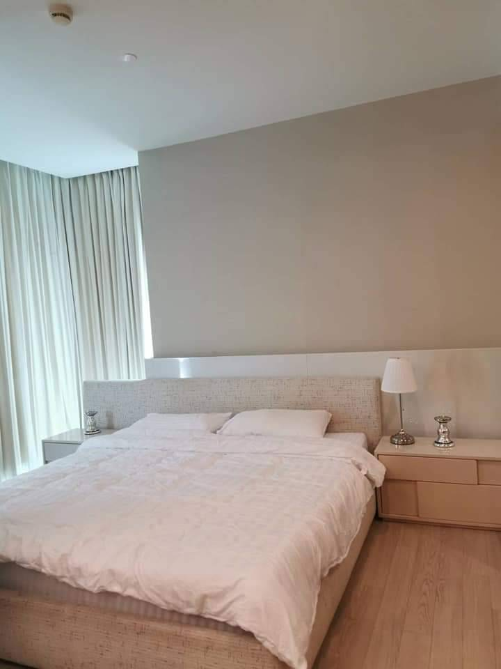 For SaleCondoSukhumvit, Asoke, Thonglor : Condo for sale, The Room Sukhumvit 21, 15th floor, corner room, good view, near BTS and MRT
