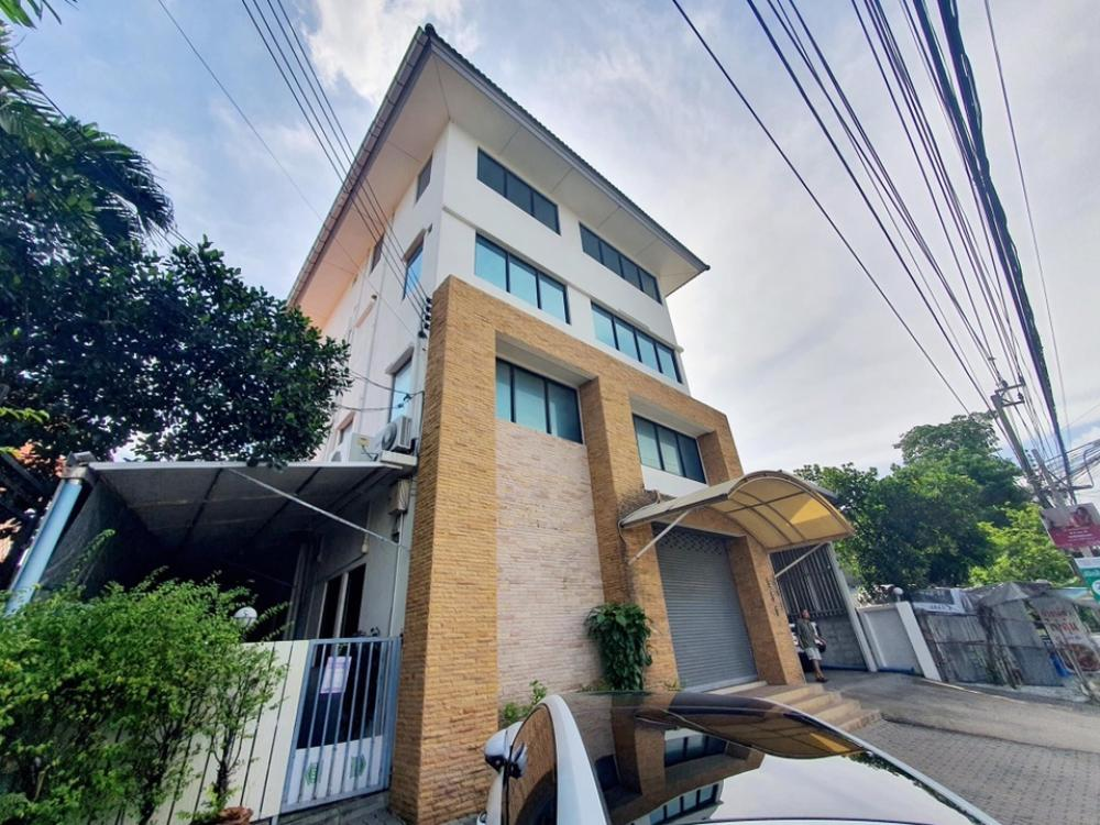 For RentShophouseYothinpattana,CDC : FOR RENT