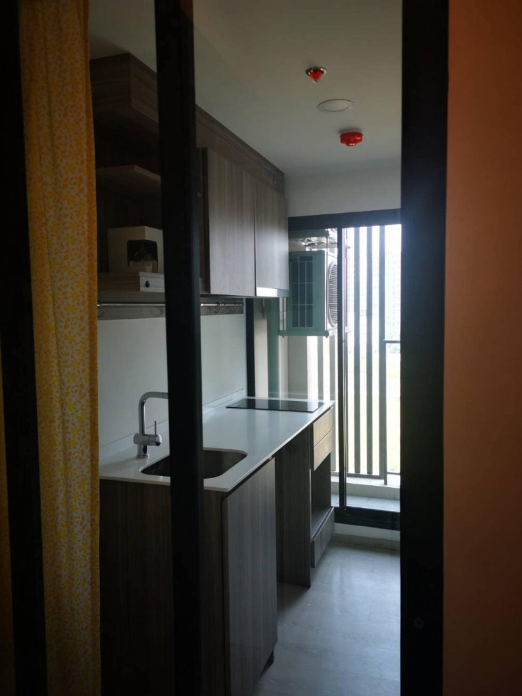 For RentCondoVipawadee, Don Mueang, Lak Si : Condo for rent, Knightsbridge Phaholyothin Interchange - Condo KnightsBridge Phaholyothin Interchange, beautiful decoration, ready to move in. Fully furnished