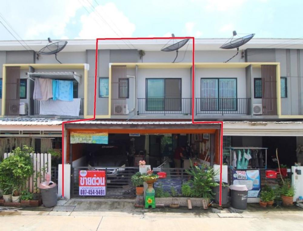For SaleTownhouseLadkrabang, Suwannaphum Airport : Townhouse for sale, 2 floors, 18.2 sq.w., THECONNECT, Suvarnabhumi 2, The Connect, Kingkaew 37, Bang Phli, Samut Prakan, complete addition, cheap price, good location, fully furnished, full bank