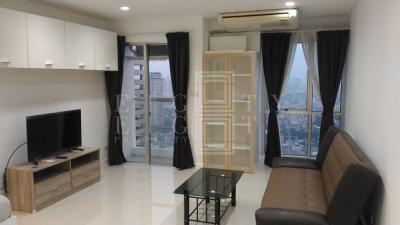เช่าคอนโดสีลม บางรัก : For Rent Silom Suite (45 sqm.)