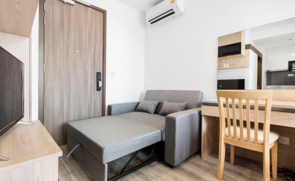 For RentCondoRama9, RCA, Petchaburi : Ideo mobi asoke, beautiful room, high floor, built in, not exposed to the sun, cheap price
