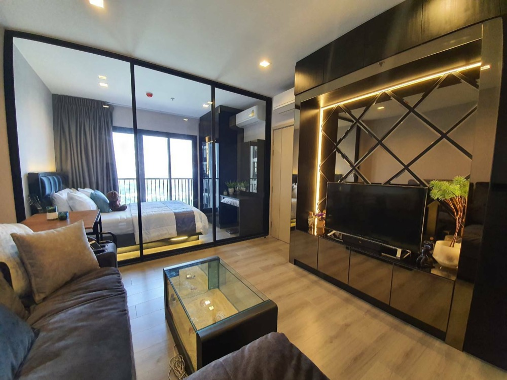 For RentCondoRattanathibet, Sanambinna : For rent, politan rive, 29th floor, size 31 sq m, beautiful decoration, beautiful river front room, ready to move in.