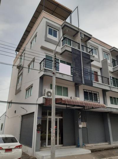 For SaleShophouseRathburana, Suksawat : Commercial building for sale Wiset Suk Nakorn Village, Pracha Uthit 90 Behind