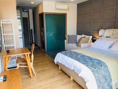 For RentCondoSathorn, Narathiwat : Condo for rent Quad Sathon - Condo Quad Sathon, beautiful decoration, ready to move in. Fully furnished
