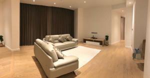 เช่าคอนโดวงเวียนใหญ่ เจริญนคร : Magnolias Waterfront (ICON SIAM) Rare 3 Bedrooms / 222.44 Sqm / High Floor / Large Balcony Space